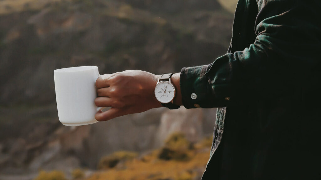 Đồng hồ Curnon thoải mái khi đeo