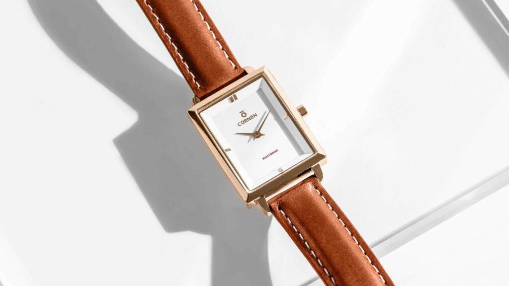 Đồng hồ mặt vuông nữ - dây da cơ bản
