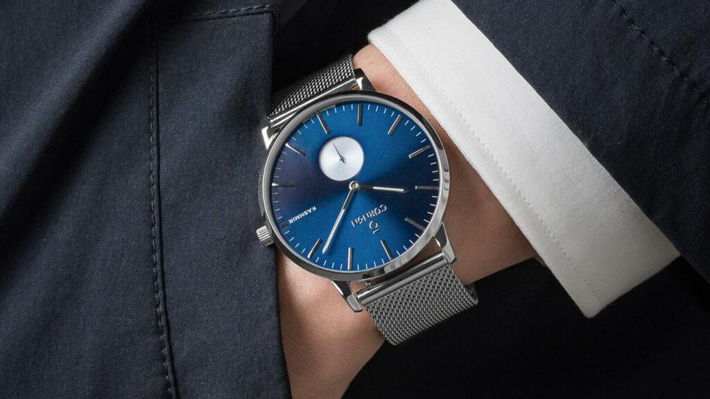 Kashmir Swank - Mẫu đồng hồ nam cổ tay nhỏ