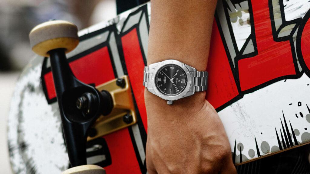 Những mẫu đồng hồ nam đẹp - Thiết kế mạnh mẽ, thể thao