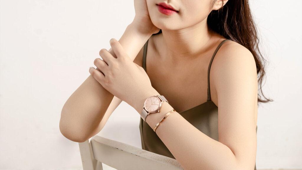Những mẫu đồng hồ nữ đẹp nhất - Phong cách thiết kế hiện đại, tối giản, trẻ trung