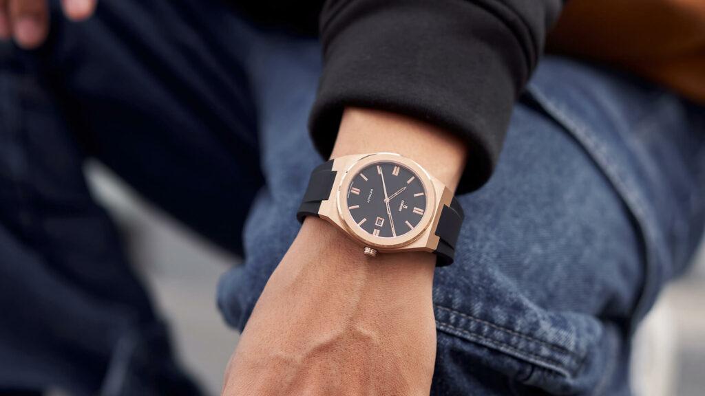 Đồng hồ Minimalist thể thao