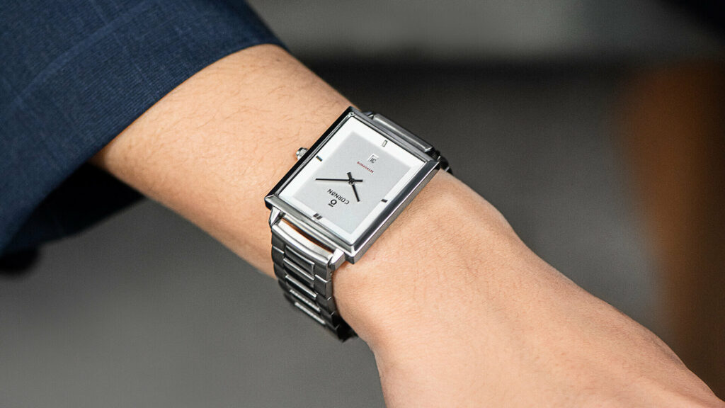 Strong and masculine square face fashion men's watch