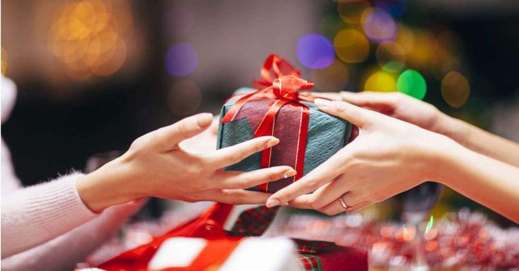 Nên tặng quà cho đối tác kinh doanh trong các dịp nào