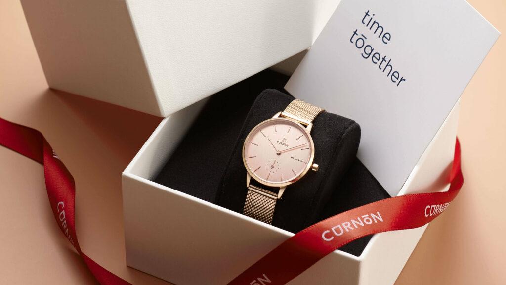 quà tặng người yêu đồng hồ nữ