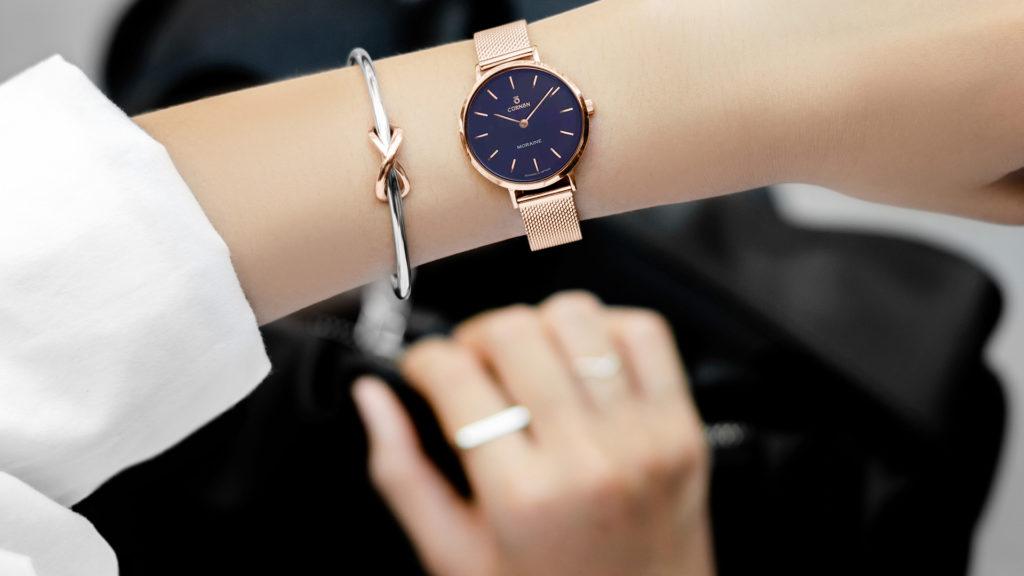 Đồng hồ nữ 2 kim Moraine Charm