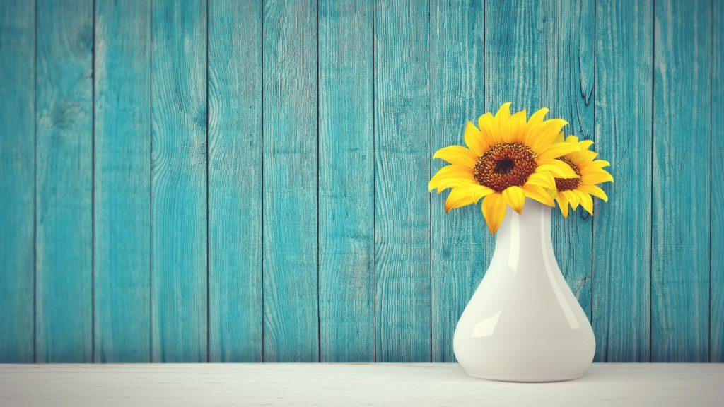 Quà tặng khách hàng dịp Tết - bình cắm hoa